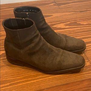 Donald Pliner suede ankle boots